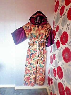 Quality Hand Finished Unisex Monk Style 3 Piece Outfit Size L