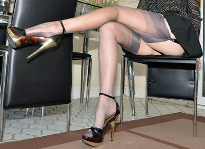 Eleganti Fully Fashioned Stockings - GREY Point - imperfects