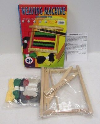 Weaving Machine Set w/ Wooden Loom, Wool + Instructions 4+ Years - MSH L2
