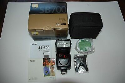 Nikon Flash Speedlight SB-700 Excellent condition, less than 30 firings