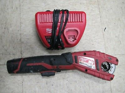 Milwaukee 2471-20 12V Cordless Copper Tubing Pipe Cutter w/ Battery and Charge