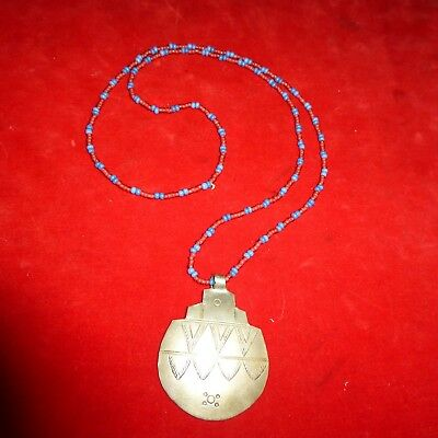 """Rare Ca 1800 Native American Indian 16"""" Glass Trade Bead Necklace With Pendent"""