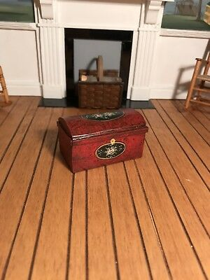 Dollhouse Miniature Artisan Signed Janet Bailey Hand Painted Dome Trunk (R)