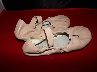 Bloch Pink Ballet Shoes    Childrens   Size: 13D    Used/worn