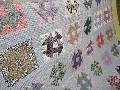 BEAUTIFUL Antique / Vtg QUILT / HAND & MACHINE STITCHED FEEDSACK 69 x 80