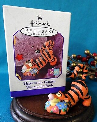 Hallmark Disney Ornament 1998 Tigger In The Garden
