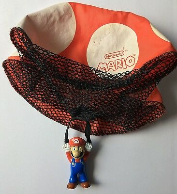 Wendy's Super Mario Bros w/ Flying Parachute Parachuting Toy 2004