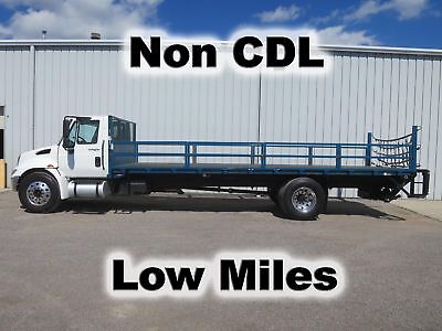 4300 Dt466 Automatic 24Ft Flatbed Stake Bed Body Lift Gate  Truck Non-Cdl Low Mi