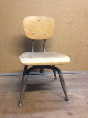 """Vintage Mid Century Wood And Metal Child's School Chair Bentwood 12"""" Seat"""