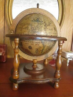 Unique Old World Globe Containing Shot Glasses And Decanter - Age Unknown