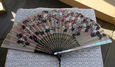"RARE Vintage 9.5"" Antique MOP Mother Of Pearl Hand Fan French Oriental Floral NR"