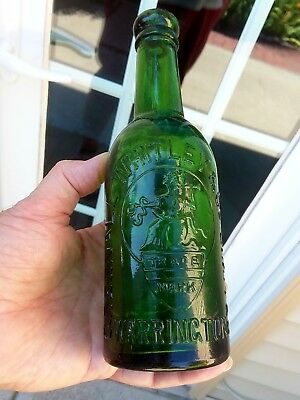 Emerald Green Picture Embossed Greenall Whitley & Co Warrington Limited Graphics