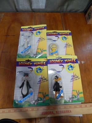 Looney Tunes ~ Lot Of 4 Flocked Figures ~ 1989 Lucky Bell ~ Bugs/tweety/daffy