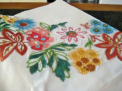 Superb Hand Embroidered Vintage Heavily Worked Flower Circle Linen Tablecloth
