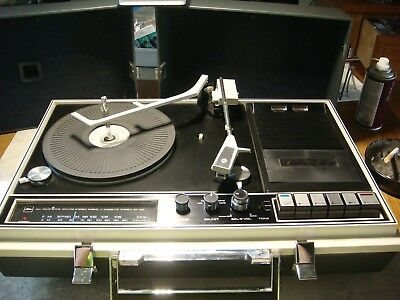 Vintage GP-46F Toshiba Portable Stereo Record player turntable AM/FM Cassette