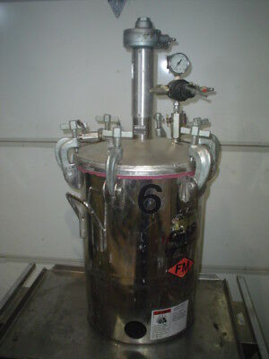 Used QMS 10 Gallon Stainless Steel Pressure Tanks with Pneumatic Mixers