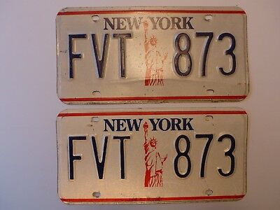 Used Vintage New York Statue of Liberty Car License Plates PAIR # FVT 873 Y.O.M.