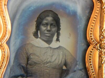 ANTIQUE RUBY GLASS AMBROTYPE PHOTOGRAPH of YOUNG BLACK AFRICAN AMERICAN WOMAN