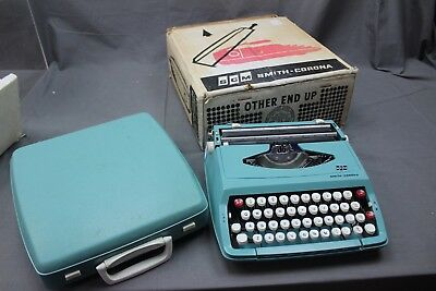 Smith-Corona Type Writer ##nwk240Bw