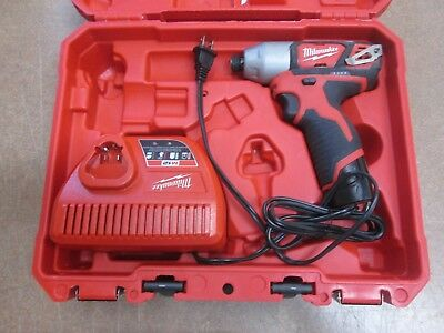 """MIlwaukee 2462-22 M12 Cordless 1/4"""" Hex Impact Driver w/ Charger"""