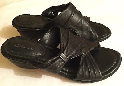 e6a84c88ab7b CLARKS ORIANA BESS Black Leather Heeled Sandals Size UK 5.5 - £24.00 ...