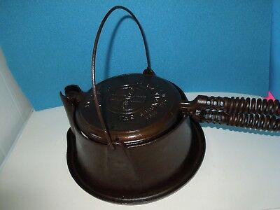 Antique Cast Iron GRISWOLD WAFFLE MAKER w/ High Base~American No 8 Pat.# 151N