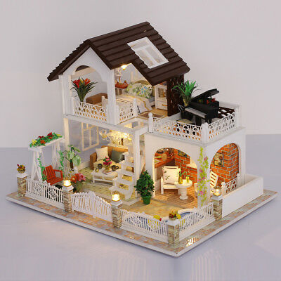 Holiday Villa DIY Handcraft Miniature Project Kit Wood Dolls House w/ Cover