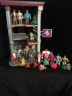 Ghostbusters 1980s HUGE LOT of Vintage Toy Action Figures + Firehouse Play Set