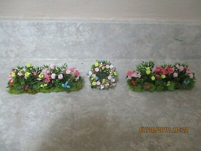 """Set of 2 Miniature dollhouse front gardens 4 1/2""""w with matching wreath 2"""""""