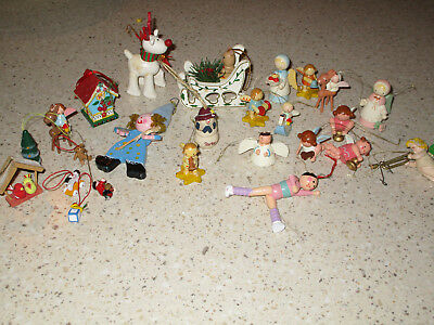 Vtg LOT of 25 MINI SMALL WOODEN CHRISTMAS TREE ORNAMENTS Many Angels Painted