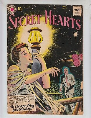 """Secret Hearts 51 VG- (3.5) 11/58 """"No Escape From Yesterday!"""""""