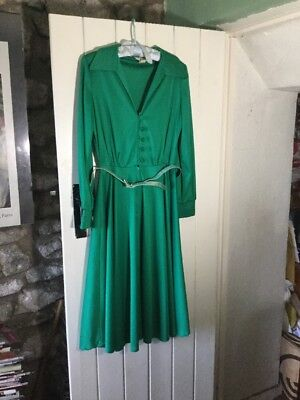 Vintage 60s dress 14 green  pleats Shubette of London retro Revival 60s 70s
