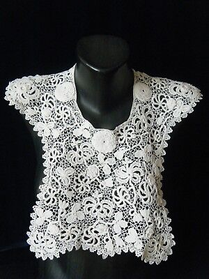 .Antique Vtg Victorian Irish large Collar hand Crochet  Lace  Finely Detailed