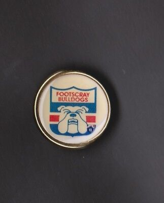 Footscray Bulldogs metal badge - no idea when they were issued.