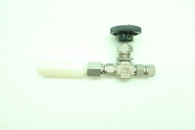 Swagelok SS-1RS6 Manual Stainless Needle Valve 5000psi 3/8in Tube