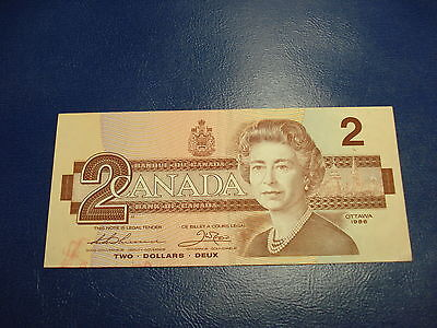 1986 - Canadian $2 bank note - two dollar Canada bill - BBF8418739