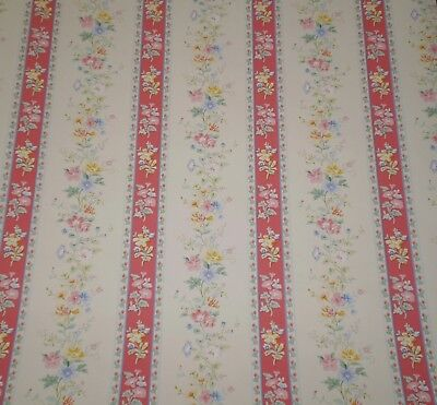 Pink /& Purple Floral Bouquets on Off White by Vymura  25-250 Vintage Yellow