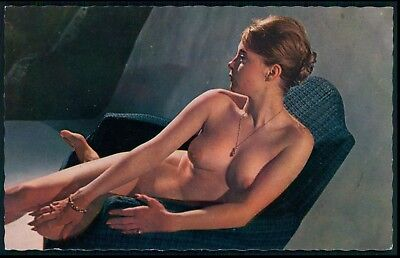 Pinup cheesecake nude woman original 1950s postcard size card Lyna Paris aa17