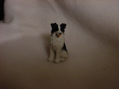 BORDER COLLIE dog TiNY FIGURINE puppy HAND PAINTED MINIATURE Resin Mini Small