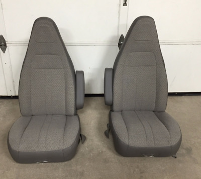 97-18 Chevy Express/GMC Savanna Van Pair LH & RH Gray Cloth Power Bucket Seats