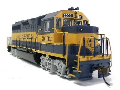 HO Scale Model Railroad Trains Layout Engine Alaska GP-40 DCC & Sound Equipped