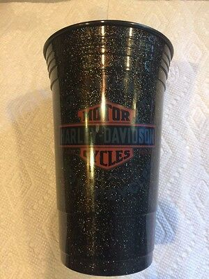 One pair of matching of Harley Davidson plastic 18 oz. tumblers cups NEW