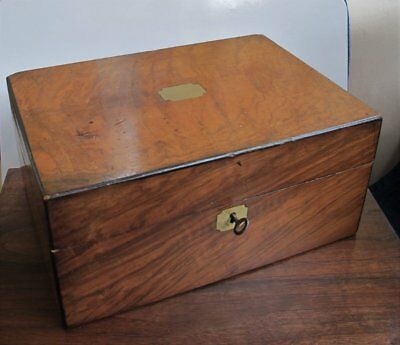 Antique walnut Victorian sewing or jewellery box. *with working key*