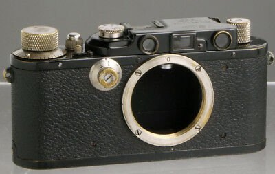 Leica Standard black body conv. III (1934) __ Leitz rangefinder 35mm film camera