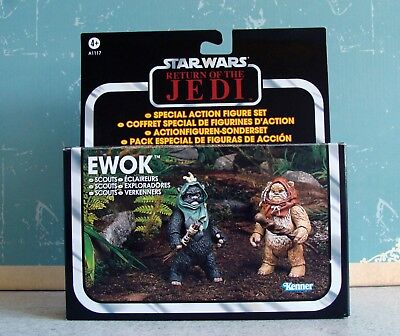 STAR WARS Vintage Collection Ewok Scouts