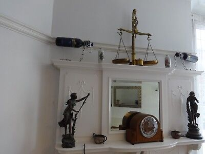 Antique Art Deco Striking Mantel Clock With Pendulum and nice case