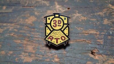 RARE post WWII vintage 3rd MRS Military Railway Service DI pin Japanese made