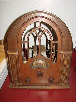 Atwater Kent 627 Cathedral Radio for Restoration, Missing Speaker