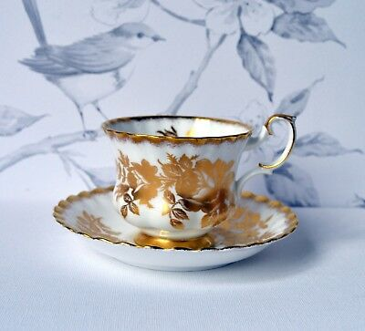GOLDEN ROSE - TEA CUP TEACUP SAUCER SET, Royal Albert, bone china, England
