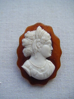 Vintage retro cameo plastic lucite dress clip